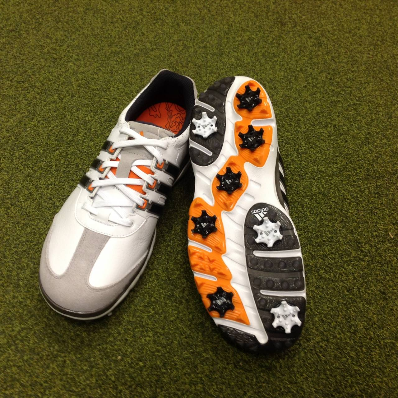 bf2dd0d47960 NEW Adidas Adipure Ergo Golf Shoes - UK Size 8.5 - US 9 - EU 42 2/3 ...