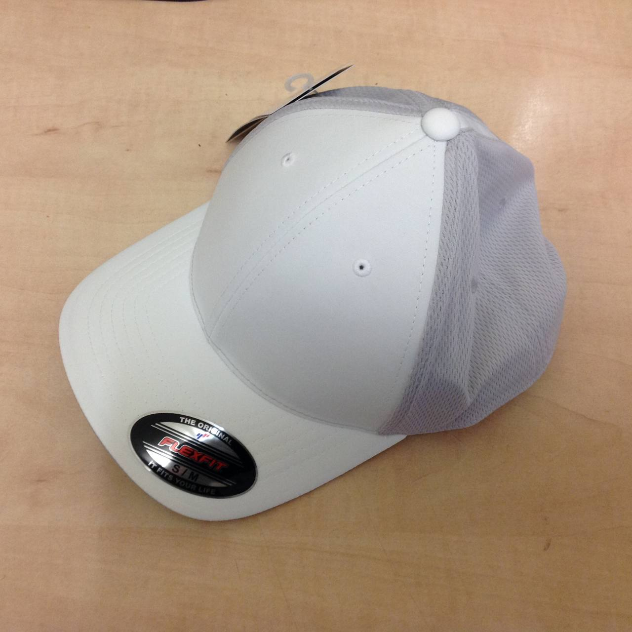 eb09be676 Details about NEW Adidas Climacool Tour Flexfit Golf Cap - White
